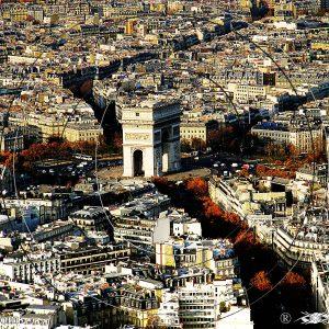VUE 2 DE LA TOUR EIFFEL SUR L'ARC DE TRIOMPHE DE PARIS 1A : ESPRIT LIBRE PHOTO DU MONDE